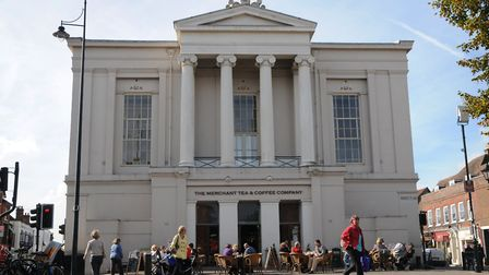 The creation of a new musem and gallery at the old town hall is a top priority for the new cabinet.