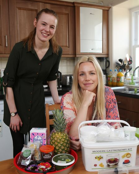 Herts Advertiser reporter Franki Berry with Lyndsay Evans before her cooking lesson from the Masterc