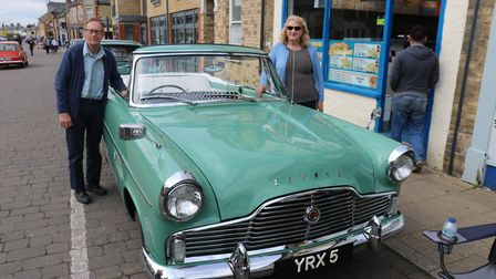 Colin and Rowena Drage with their 1961 Ford Zephyr