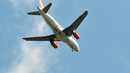 An Easyjet plane coming in to land at Luton