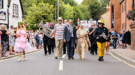 Start of the Parade, with the Mayor and other local volunteers on the day. Wheathampstead High Stree