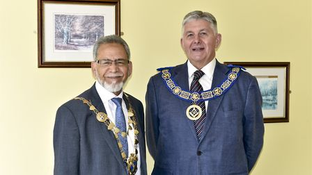 Mayor cllr Mohammed Iqbal Zia with provincial grand master of Hertfordshire Paul Gower.