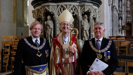 Assistant grand master Sir David Hugh Wootton and provincial grand master Paul Gower with the Bishop