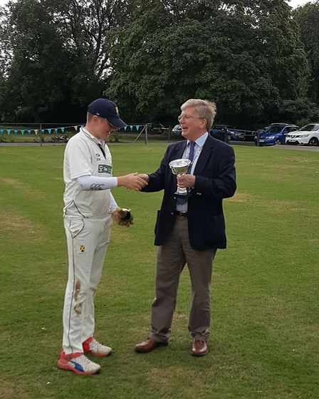 St Albans skipper Adam Murphy recieves the first ever T20 St Albans Big Bash trophy from the deputy