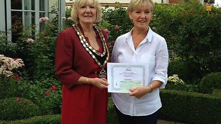 Wendy Ball was presented with third prize from mayor Vera Swallow.
