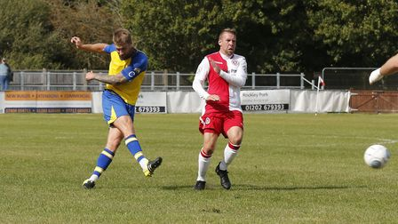 St Albans David Noble has a crack at goal (pic Leigh Page)
