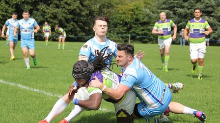 Roy Dube scores his try. Picture: DARRYL BROWN
