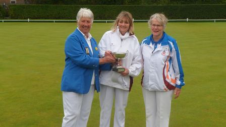 Harpenden Bowls Club's Linda Brookes and Linda Newby receive the SADLBA pairs trophy.