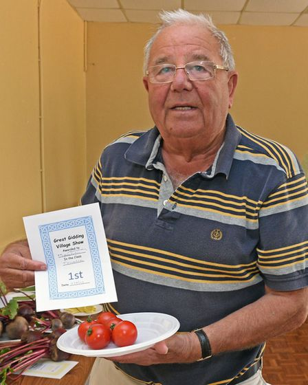 Winner of the tomatoes category, Maurice Armstrong.