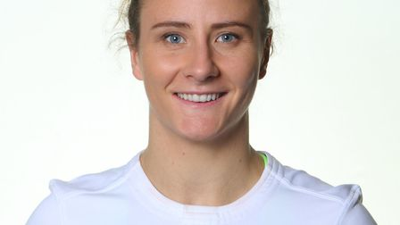 Harpenden's Sarah McKenna will join up with the England Women's Sevens side for the 2017-18 season.