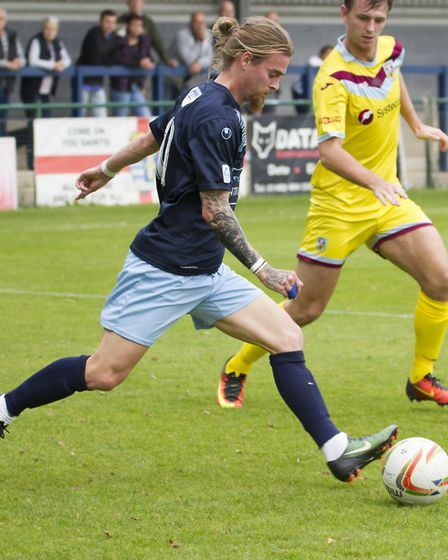 Scott Sinclair put St Neots Town ahead in the second half at Chesham before the hosts levelled. Pict