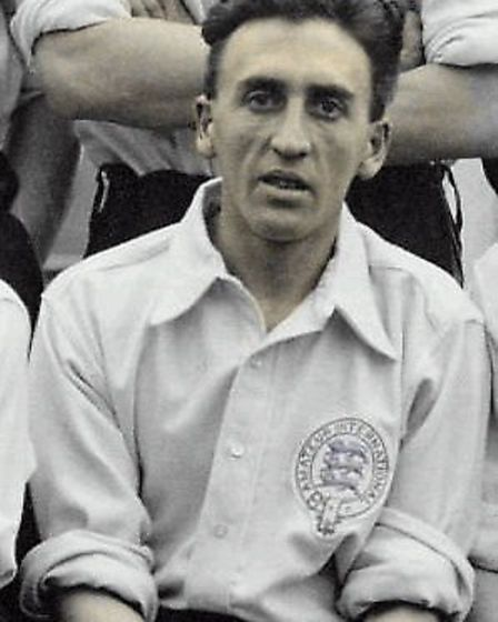 Billy Minter with the England Amateur International team.
