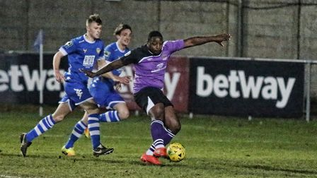 Nathan Pinney has an attempt at goal. Picture: LEIGH PAGE