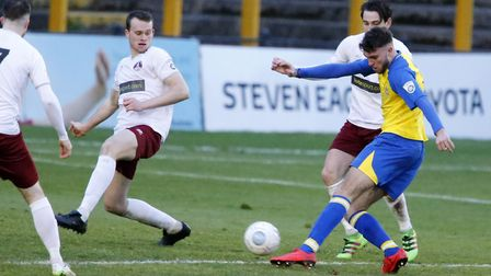 Harvey Bradbury fires the ball towards goal. Picture: LEIGH PAGE