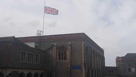 The flag at St Albans School has been lowered in tribute to Stephen Hawking.