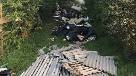Fly-tip by the A414
