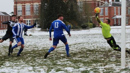 Queens Head Sandridge are denied by a fine save from the Blackberry Jacks keeper.