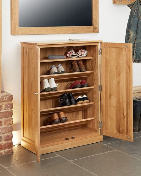 Mobel Oak Large Shoe Cupboard said to be capable of storing 18 pairs