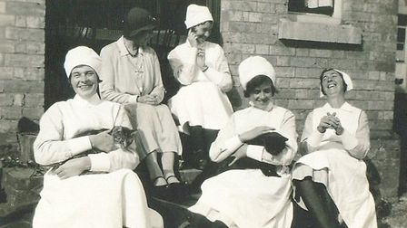 Nurses at Papworth in 1925, including Dolly Landon