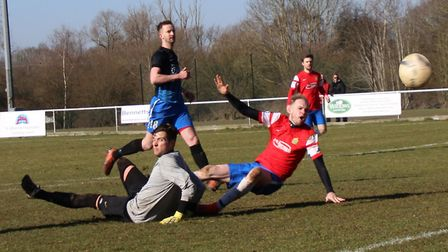 Lee Close sends Skew Bridge to the Herts Sunday Senior Cup final with the second goal in their 2-0 w