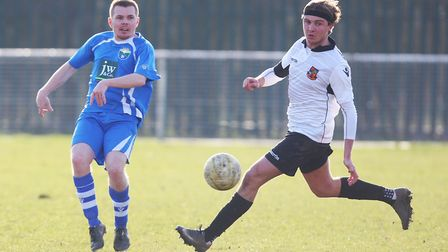 London Colney V Hoddesdon Town - Bobby Armstrong in action for London Colney.Picture: Karyn Haddo