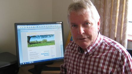 Gareth Rowlands with his website