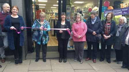Mayor cllr Rosemary Farmer opening the Age UK charity shop in Harpenden.