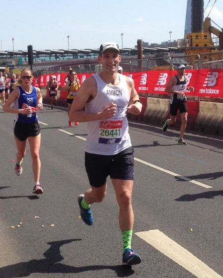 Harpenden Arrows' Ammon Piepgrass running for Oracle Cancer Trust looks relaxed at 24 miles of the L