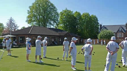 Blue skies and record temperatures greeted bowlers at Harpenden for the club's ladies v men's gala.