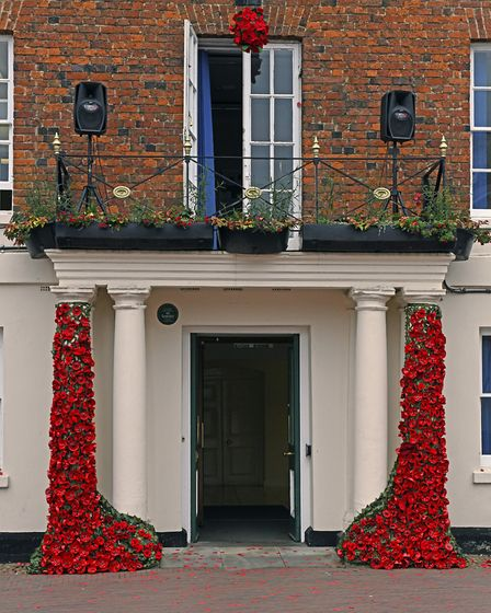 The poppies at Huntingdon Town Hall