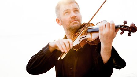 Violinist David le Page will play the final St Albans Symphony Orchestra concert of the current seas