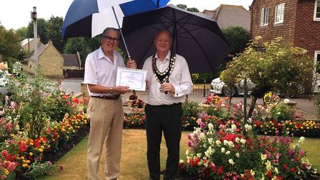 Martin Dawson, pictured with Royston town mayor Iain Leggett, was the winner of the Naturally Roysto