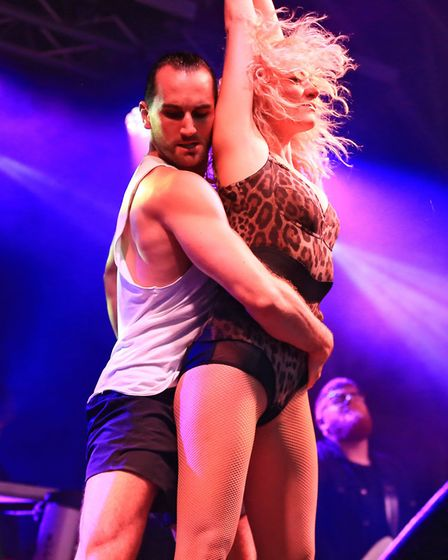 Pixie Lott with her dancers at Meraki Festival 2018. Picture: KEVIN RICHARDS