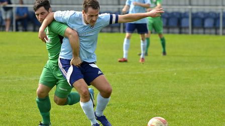 Captain Micky Hyem hit a dramatic late winner as Godmanchester Rovers beat table-toppers Stowmarket.
