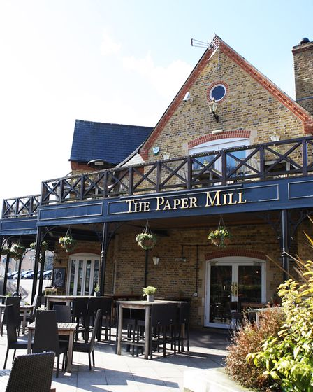 The Paper Mill pub, Apsley.