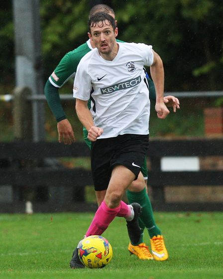 Royston Town V Bedworth United .Picture: Karyn Haddon