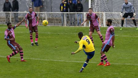 Khale Da Costa tries to curl the ball into the top corner. Picture: LEIGH PAGE