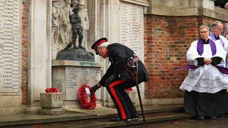 First of many wreaths being laid at Remembrance Sunday Service in Royston Town. Picture: KEVIN RICHA