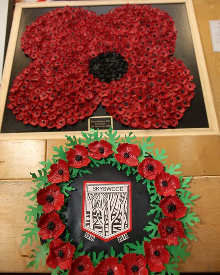 The Skyswood School poppy display made by the whole school in the assembly for Remembrance day 2018.