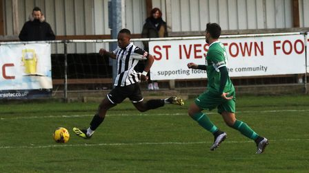 Munashe Sundire on the ball for St Ives Town against Bedworth. Picture: LOUISE THOMPSON
