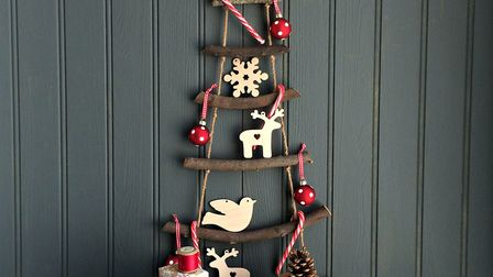1. A Nordic rope ladder hanging Xmas tree makes for a minimalist yet rustic alternative to the Chris