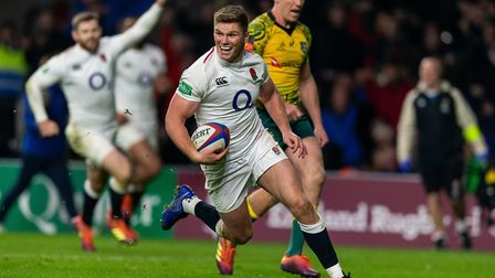 England's Owen Farrell scores their fourth try during the Quilter Autumn International at Twickenham
