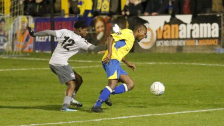 Khale Da Costa trying to find a way past the Oxford defence. Picture: LEIGH PAGE