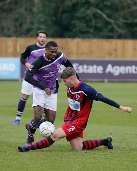 Khale Da Costa slips past the Hampton defence. Picture: LEIGH PAGE