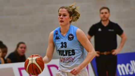 Anneke Schluter in action for Oaklands Wolves. Picture: LELLO AMETRANO