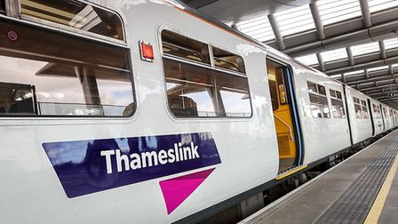 Thameslink trains are delayed between St Albans and London.