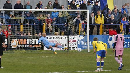 Sam Merson slots home from the spot. Picture: LEIGH PAGE
