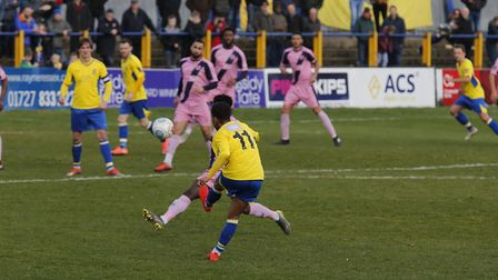 Zane Banton sends a cross into the Dulwich penalty area. Picture: LEIGH PAGE