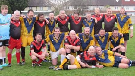 St Albans Centurions masters and their rest of the world colleagues stand with their Silverbacks opp