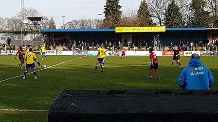 St Albans City lost 2-1 to Gloucester City at Clarence Park in National League South.